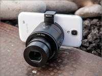 Sony Cyber-shot DSC-QX100 - Smartphone's first attachable camera